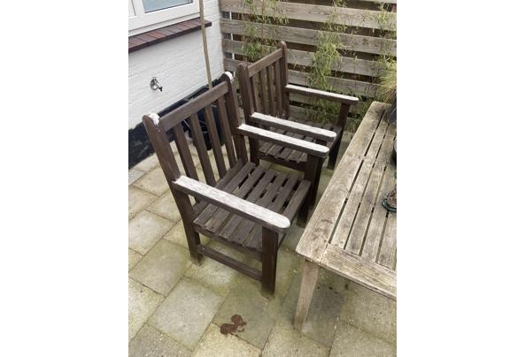 2 Hardhouten tuin stoelen - E8591E3B-1095-4E1A-B648-A44288243061
