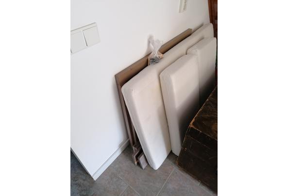 Ikea meegroei-bed, donkerbruin. Inclusief lattenbodem en evt meegroei-matras.  - IMG_20210528_110316