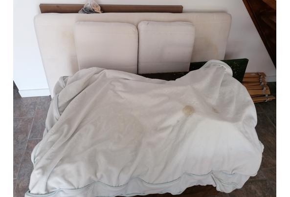 Ikea meegroei-bed, donkerbruin. Inclusief lattenbodem en evt meegroei-matras.  - IMG_20210528_110348