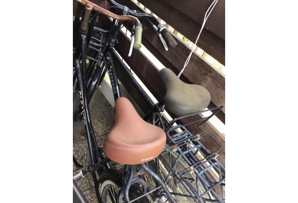 Klus fietsen, dames- en herenfiets - 02AA25BC-F9B3-4E72-8258-A4263A6A4799