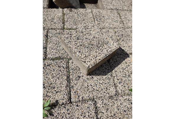 Ca. 20 m2 terras stenen/tegels gratis op te halen - IMG_20200905_122301683_HDR---kopie_637363267626966699