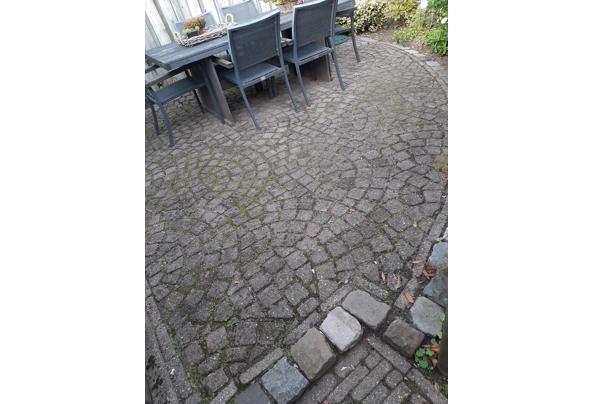 Maak een nieuwe tuin met deze bestrating - 20210822_185226