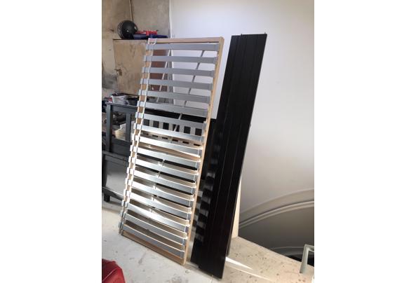Bedframe 160x200cm - IMG_2387.jpeg