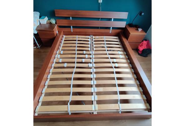Tweepersoonsbed met matras. Zondag af te halen - IMG-20210818-WA0039__01