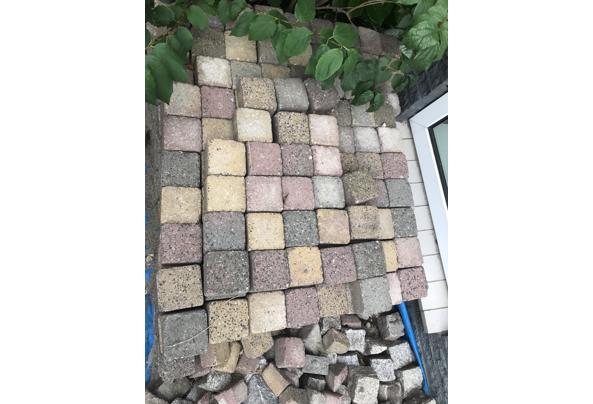Terras stenen  - 08561995-DBE9-4704-857D-D9F1F70A4B57
