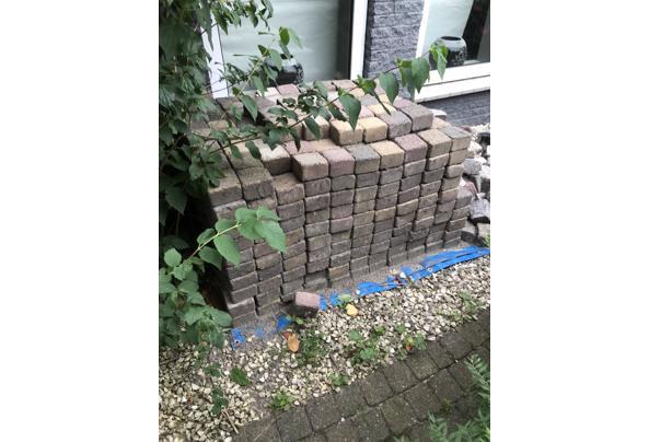 Terras stenen  - 68003B8B-AE7F-47D3-8343-C143F77162E1