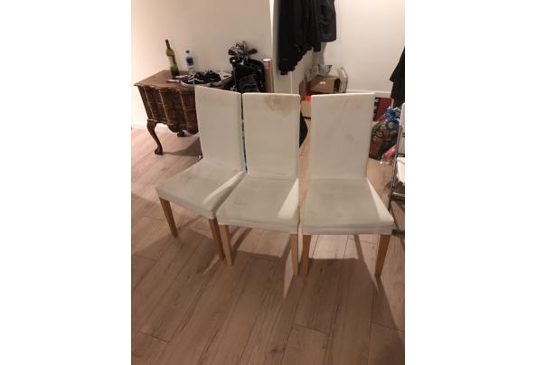 Vijf witte Ikea stoelen  - DED4A376-3CAE-4BC8-965E-7A631F2C84F0.jpeg
