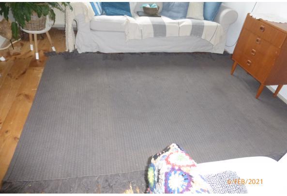 Groot grijs vloerkleed van katoen  - P1050575.JPG