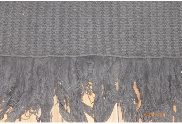 Groot grijs vloerkleed van katoen  - P1050576.JPG