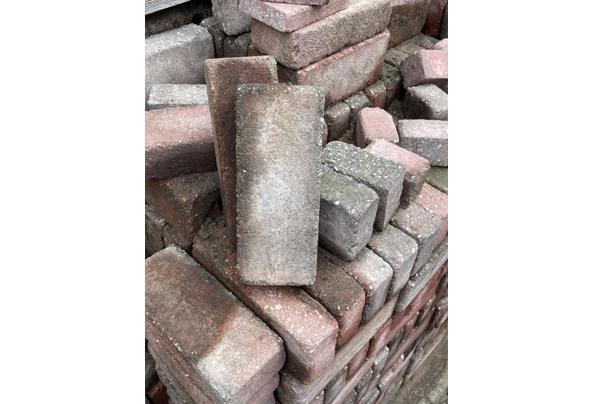 Stenen gratis af te halen - 26BCE42F-E2EE-4C1D-AF08-0AD1C887E1DC