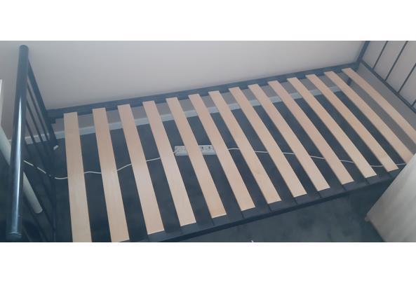 Bed 90x200 cm zwart  met lattenbodem - 20210627_112038