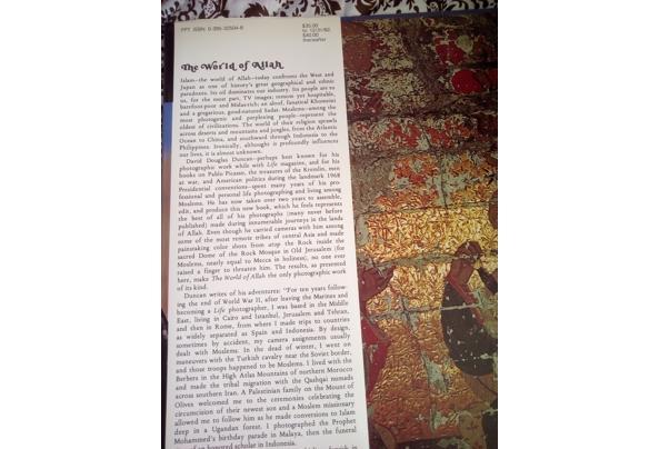 Fotoboek The World of Allah by David Douglas Duncan - World-of-Allah-flaptekst_637603979187987258