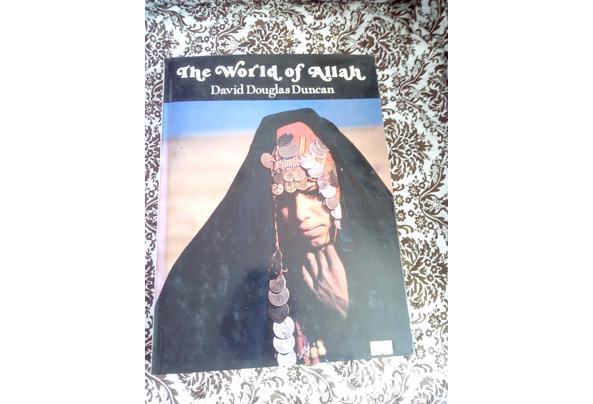 Fotoboek The World of Allah by David Douglas Duncan - World-of-Allah-voorkant_637603979230310530