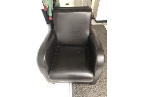 2 stoelen gratis af te halen Heteren - 6C8A6371-2492-450C-85A2-F754F60729D7.jpeg