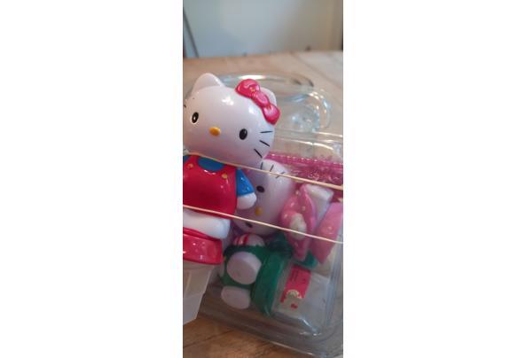 Taartdecoratie ; Hello Kitty - 16342044758722583496290466564591