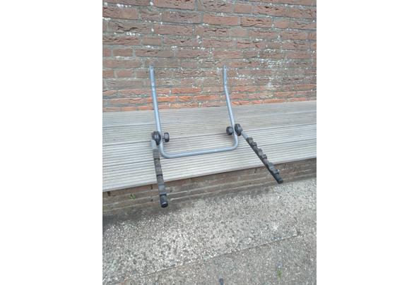 Ophangbeugel voor drie fietsen - P_20210902_140237