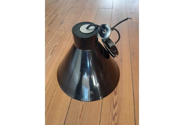 Zwarte metalen hanglamp - 20210423_144317