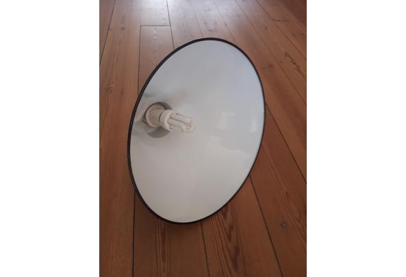 Zwarte metalen hanglamp - 20210423_144327