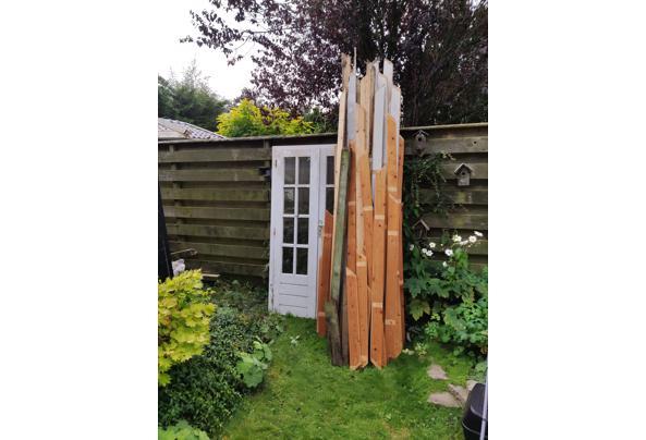 Hout tuinhuis, behandeld en onbehandeld, ramen en deuren - IMG_20210903_122552