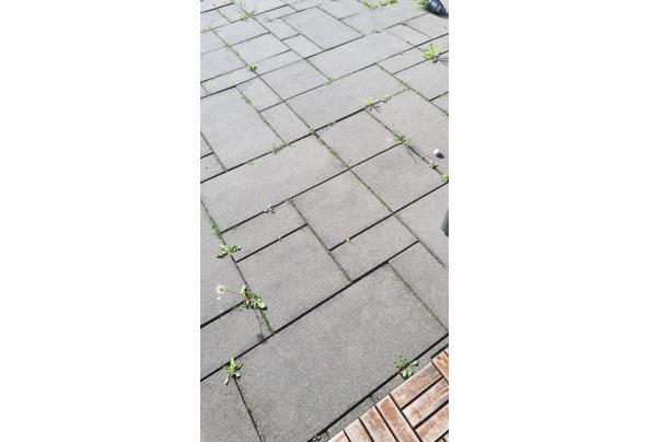 Betonnen tegels antraciet - 20210519_174850