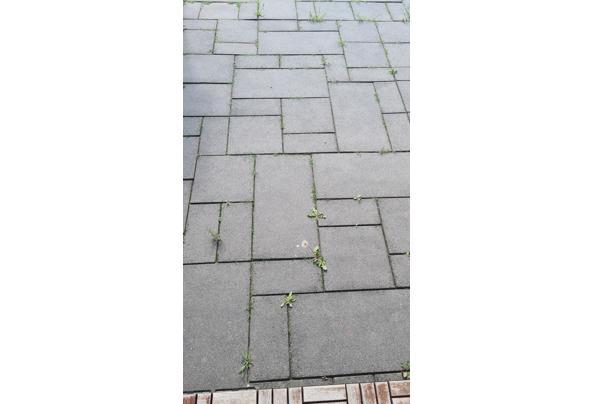 Betonnen tegels antraciet - 20210519_174854
