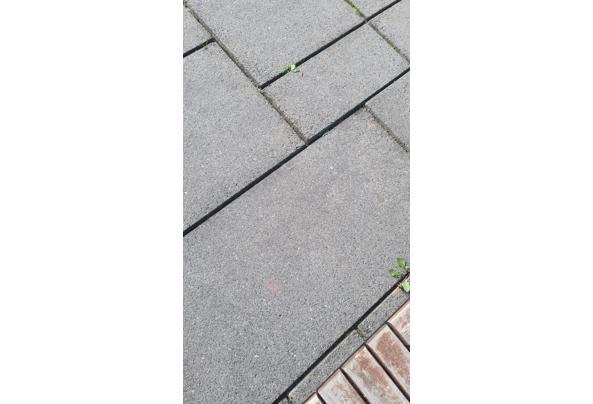 Betonnen tegels antraciet - 20210519_174905