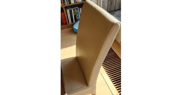 6 creme kleurige eetkamer stoelen