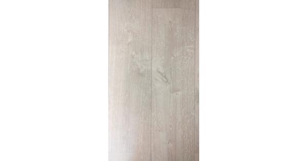 Kliklaminaat 40-45 m3 met ondervloer en extra planken