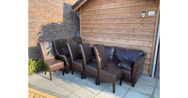 Leren bankstel + 2 fauteuils + 4 stoelen