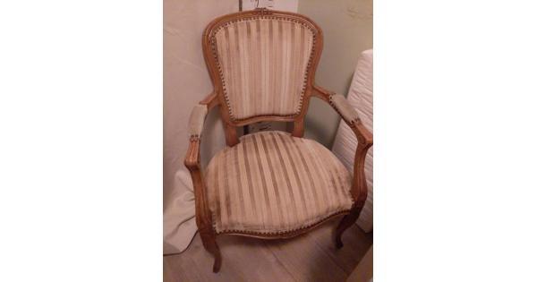 Antieke stoel