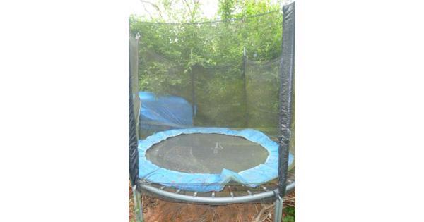 Trampoline voor in de tuin met net