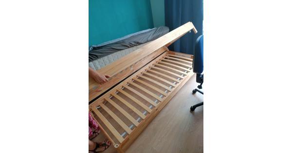 Stapelbaar bed 80x200 cm hout