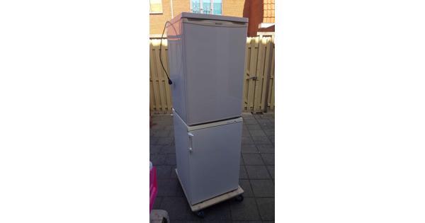 Vriezer en koelkast werkend!!