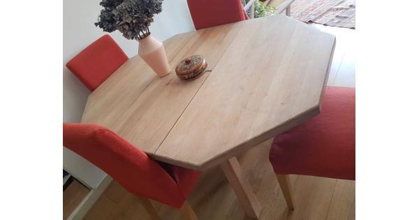 Uiterlijk donderdag ophalen: Massief houten tafel, met whitewash behandeld