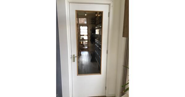 2 stuks witte binnendeur met glas