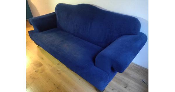 Blauwe comfortabele 3-zits bank, op te halen t/m 20 juli