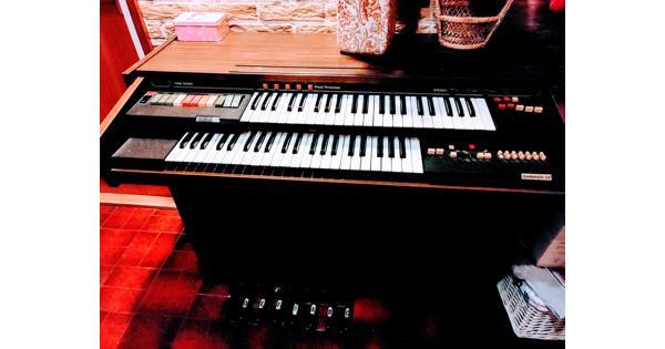 Orgel Solina A211