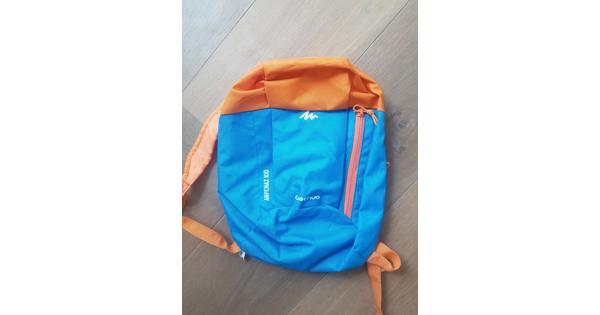 Quechua rugzakje - oranje/blauw