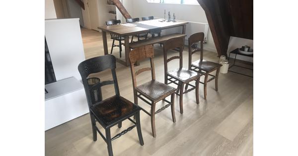 Klooster stoelen