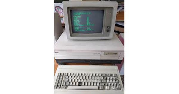 Oude computers of oude computer onderdelen