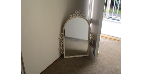 leuke brocante spiegel