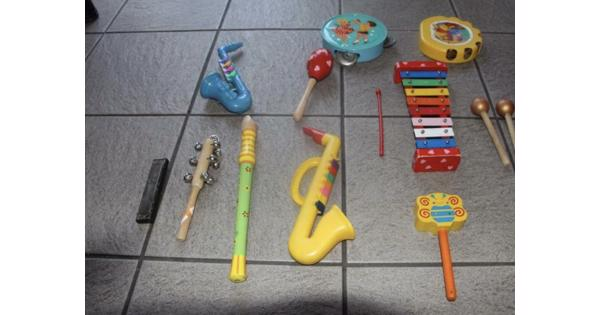 Speelgoed instrumenten van plastic
