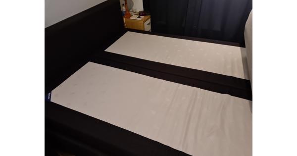 Twee Karlsson matrassen