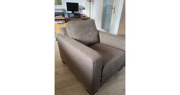 Mooie fauteuil plus hocker