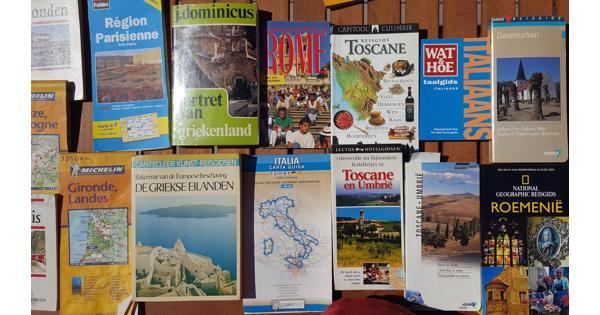 Rondje Europa in de vorm van kaarten, reis- en taalboeken