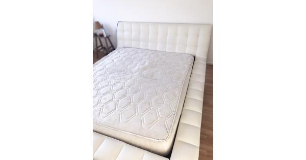 Bed + Matras + Lattenbodem