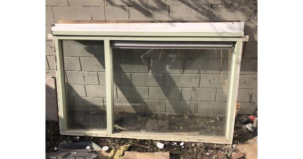 Raamkozijn hout dubbel glas ventilatie