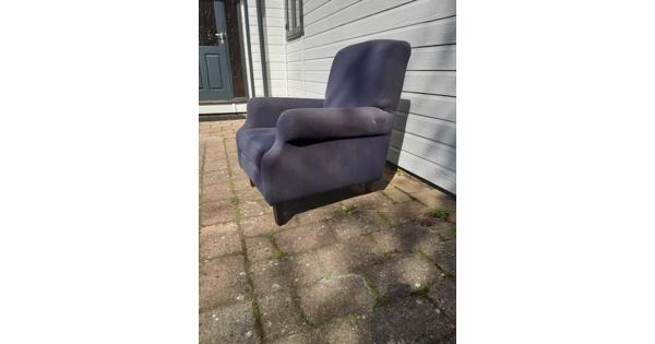 Twee blauwe landelijke fauteuils