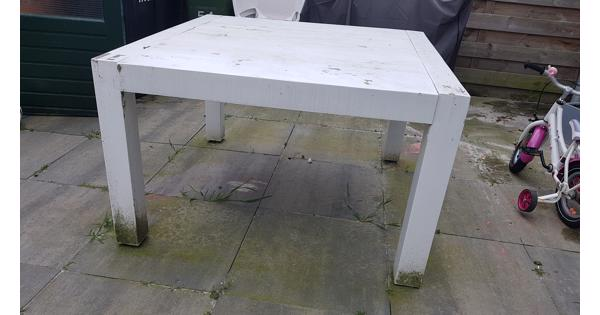 Houten vierkante tafel 120x120