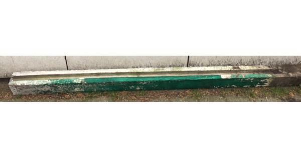 betonnen schutting paal